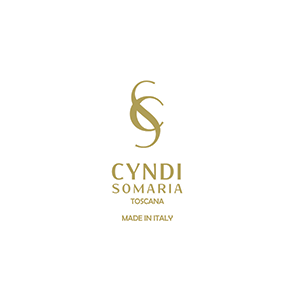 Custom cosmetics products - brand - Cyndi Somaria